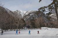 日光湯元温泉スキー場が滑走可能になりました。
