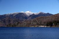 奥日光湯元温泉で雪が降りました
